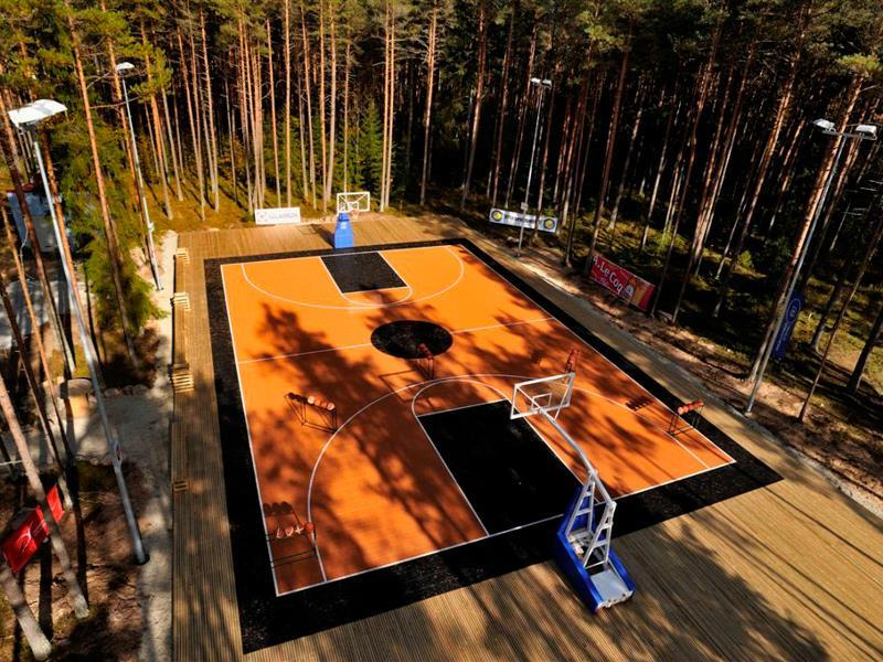 Outdoor Basketball Builders
